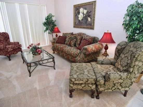 Living Area - HR5P407PD 5 Bedroom Holiday Villa with Huge Pool Deck - Orlando - rentals