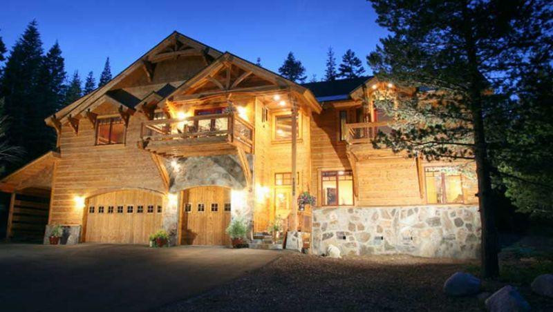 Bear Meadows **Luxury, HOT TUB, POOL TABLE!** - Image 1 - Truckee - rentals