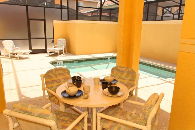 private pool and lanai - Paradise Palms. Private Pool. Walk to clubhouse. - Kissimmee - rentals