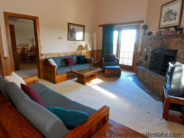 Whistlepunk 1:  3 Bedrooms, 3 Full Baths, Ski in/Ski out. - Whistlepunk - 1 - Snowshoe - rentals