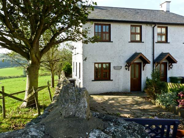 CURLEW COTTAGE, pet friendly, with a garden in Bardsea, Ref 10249 - Image 1 - Bardsea - rentals