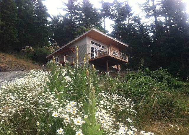 The Perch is aptly named for its location just up the hill behind Rosario. - The Perch at Rosario, Orcas Island - Eastsound - rentals