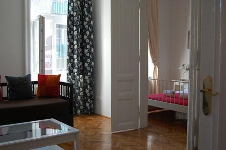 livingroom - 120m2 2 Ensuit Bedroom Apartment  Next Operahouse - Budapest - rentals