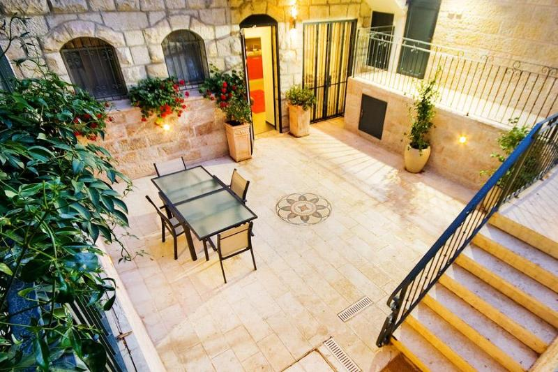 Private Courtyard - Boutique Jerusalem Vacation Rental - German Colony - Jerusalem - rentals