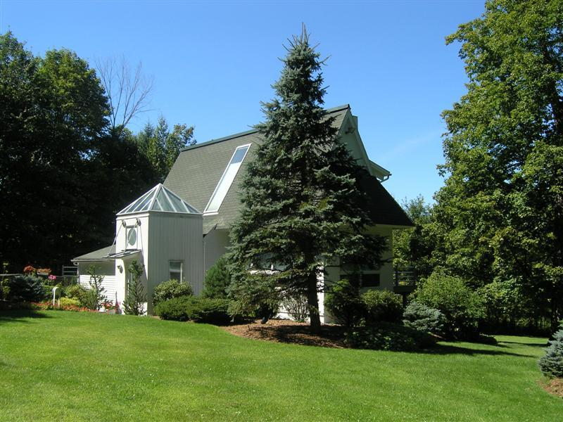 Exterior - Serenity Stowe:Elegant Modern Home,Pool,Min to ski - Stowe - rentals