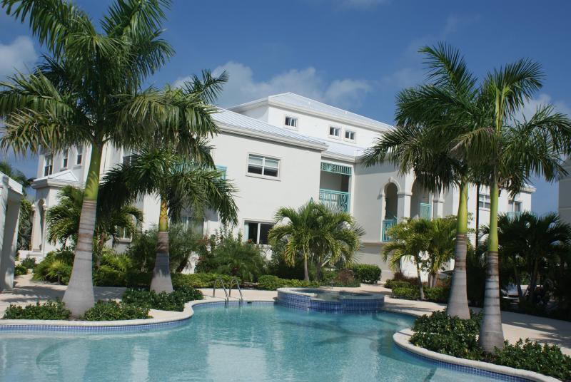 Caribbean Diamond Residence Pool View - Caribbean Diamond Residence Condo - Providenciales - rentals