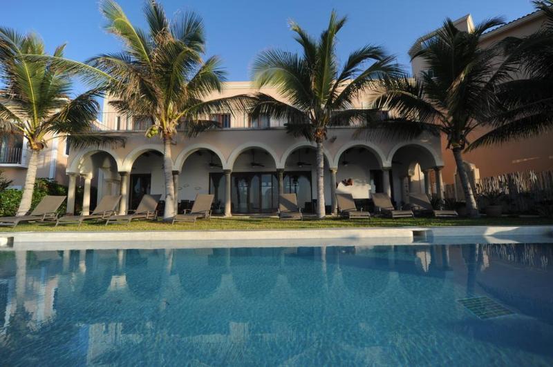 Hacienda Del Mar - Poolside - Hacienda Del Mar,Puerto Aventuras Beach 4-11BR - Puerto Aventuras - rentals