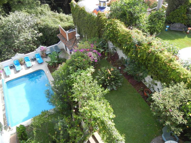 Garden & pool - Villa Golondrina - Cuernavaca - rentals