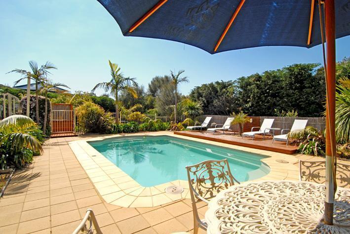Pool - Portsea Beach House - Australia - Portsea - rentals