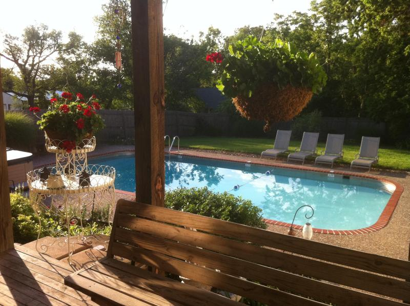 Pool and Whirlpool Spa with covered deck. - Bed & Breakfast Centurally Located to Wine Country - Warrenton - rentals