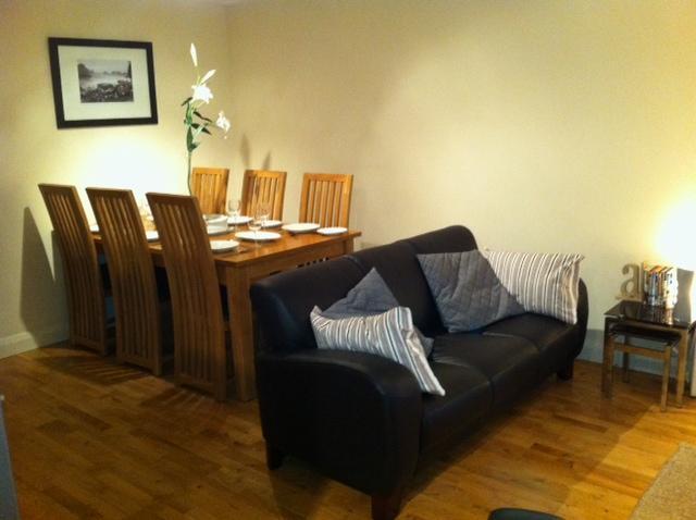 Open Plan Living / Dining Area - Marine Apartments Ballycastle - Free WiFi - Ballycastle - rentals