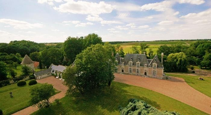 Chateau Diane Castle rentals in the Loire Valley, chateau to let in Loire, French chateau to let, chateau for wedding in France - Image 1 - Clugnat - rentals