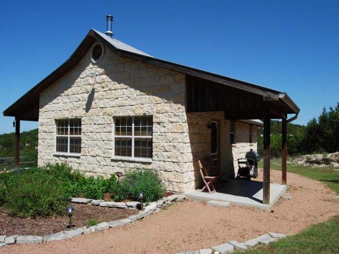 Deer Ridge Cottage - Image 1 - Fredericksburg - rentals