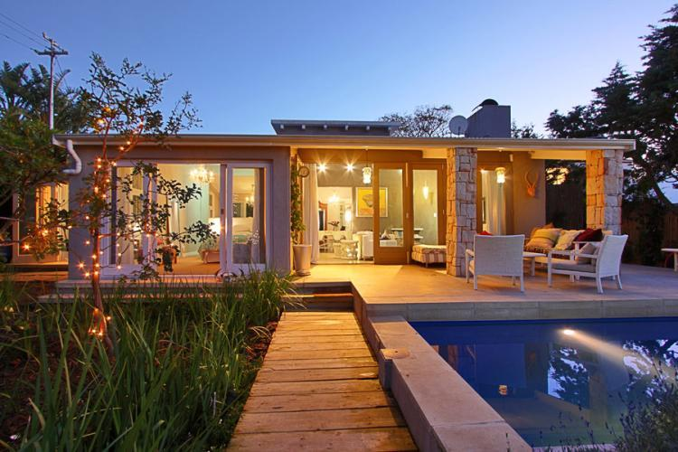 Shell Cottage - Image 1 - Camps Bay - rentals