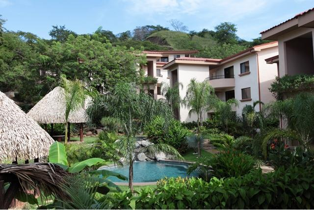 Surrounding Grounds - Two Bedroom Condo Between Coco and Playa Ocotal - Playa Ocotal - rentals