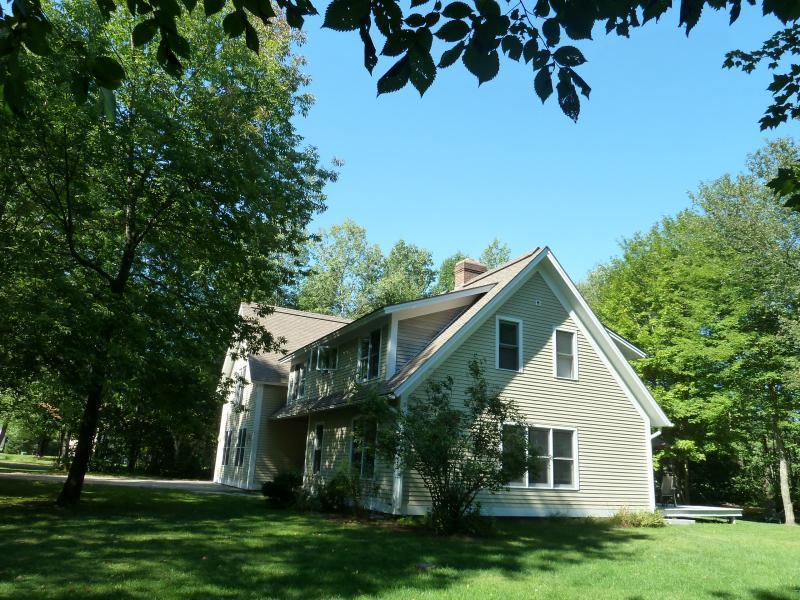 Birch Glen House Outside - Fabulous 6 Bedroom Birch Glen House with hot tub - Stowe - rentals
