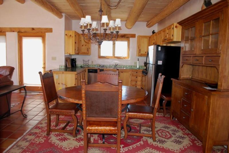 Kitchen and dining area - Close to Taos Ski Valley,  Taos, in Arroyo Seco - Arroyo Seco - rentals