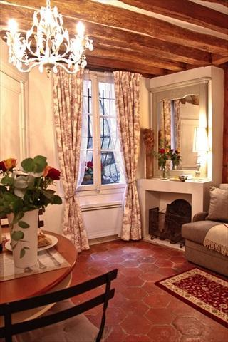 Living Area with Historic Ceiling Beams - Cute Medieval Apt Central Paris *FREE SEINE CRUISE - Paris - rentals