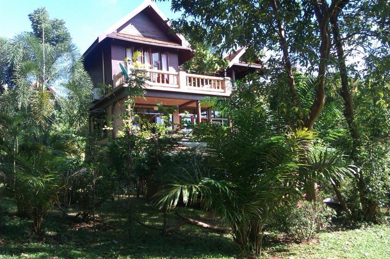 Front of house - 3 bed A/C BBQ TV Wifi pool kitchen Thai villa - Koh Mak - rentals