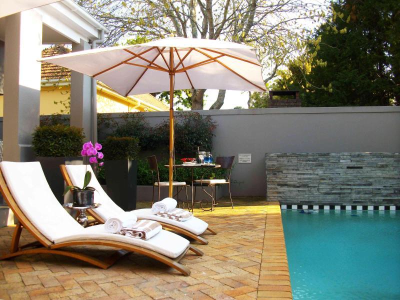 Life & Leisure Guest House - Exterior - Life & Leisure Guesthouse - Stellenbosch - rentals