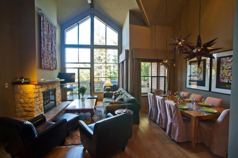 The main living area is ideal for entertaining and relaxing  - Whistler Village Luxury Condo Ski In Walk Out Private Hot Tub 4 Bedroom - Whistler - rentals