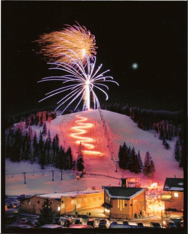Tourch Light Run Ski Apache