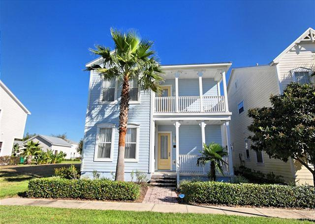 Front View - REUNION VILLA: 4 Bedroom Home in Gated Resort Community with Pool and Spa - Reunion - rentals