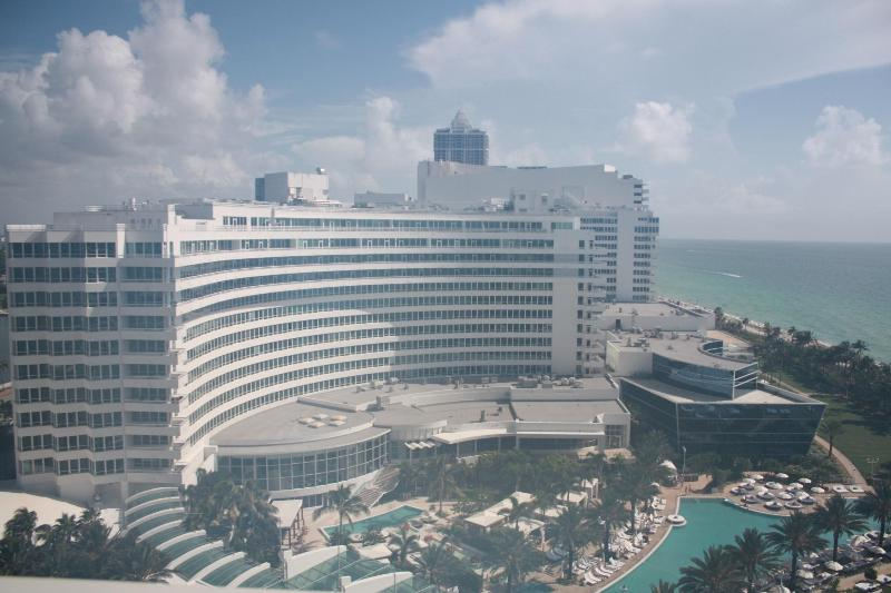 Spectacular Fontainebleau Resort - 2 bed condo at Fontainebleau Resort  $250 x nt - Miami Beach - rentals