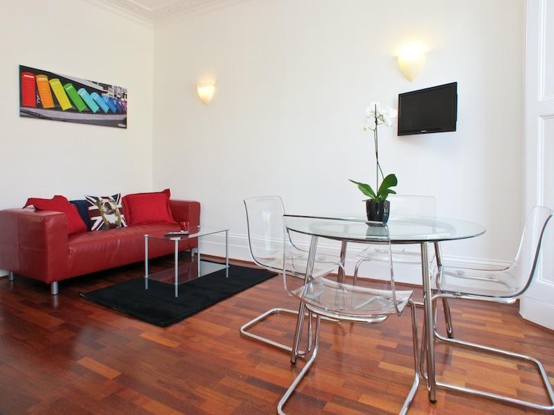 Living Room - USD! 1 Bed/1 Bath in Pimlico Amazing Value - London - rentals