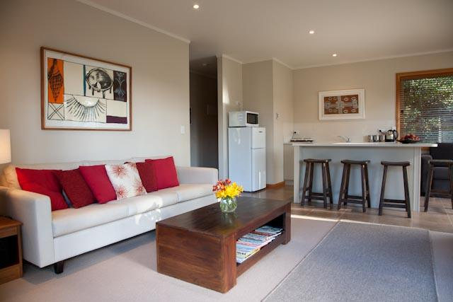 Lounge and kitchen area - Modern private cottage - Whitianga - rentals