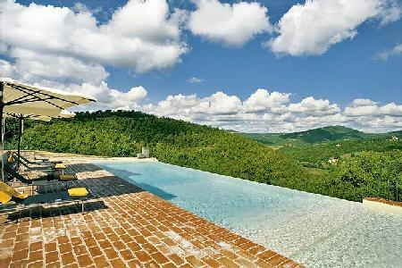 Mountain view Casa Lazzari features a pizza oven, play house and infinity pool - Image 1 - Perugia - rentals