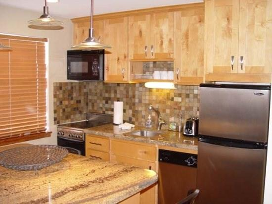 Fully Equipped Kitchen compact appliances - Mountain Village 301-2 Bedroom Ski In/Ski Out Park City Condo - Park City - rentals