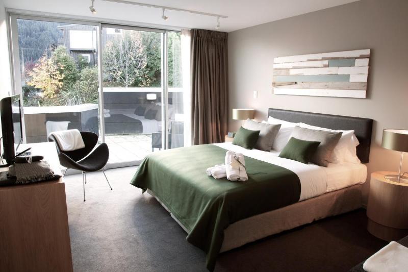 Bedroom - Element Escapes Kent Street Apartments - Queenstown - rentals