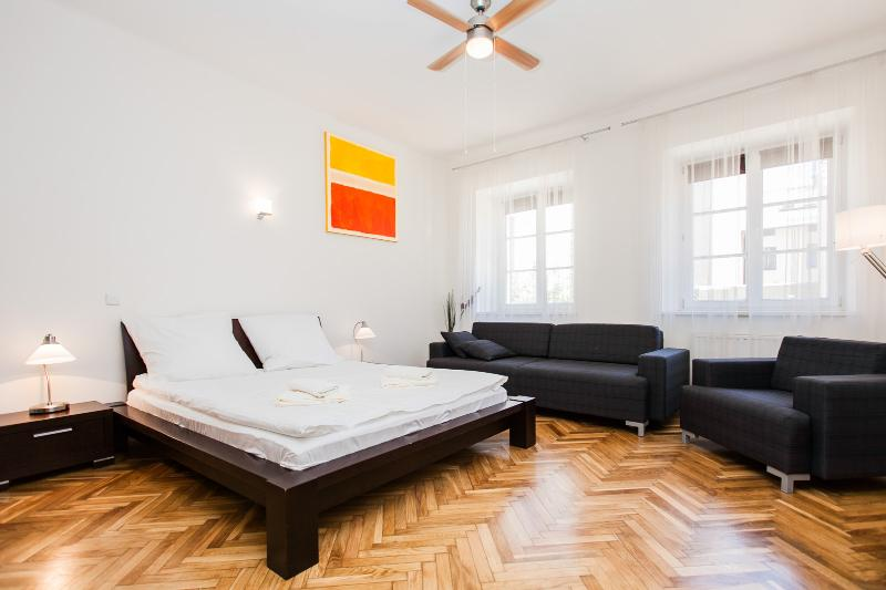 Barbican House 2 - Image 1 - Krakow - rentals
