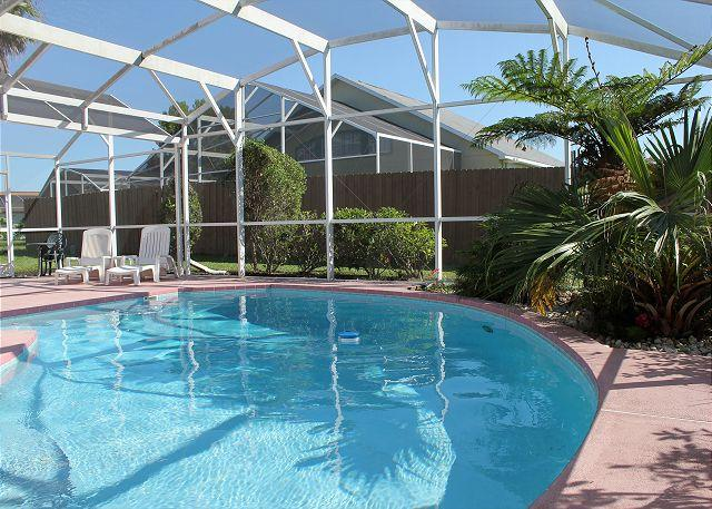 Spacious vacation home with private pool, close to Disney and free Wi-Fi. - Image 1 - Kissimmee - rentals