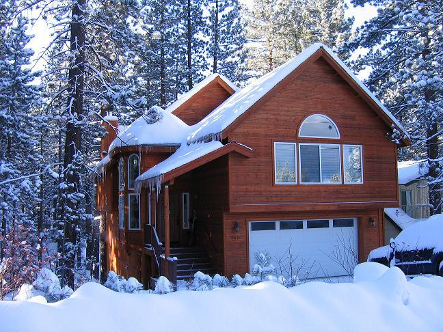 Winter - Great Chalet Getaway! 4 Bedroom, hot tub, pool table, BBQ - South Lake Tahoe - rentals
