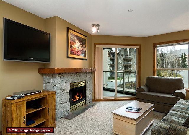 Living Room - Aspens #242, Spacious 2 Bdrm, Ski-in Ski-out, Free Wifi, BBQ, sleeps up to 8 - Whistler - rentals