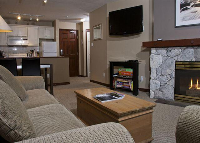 Living Area - Aspens #216, Updated 1 Bdrm, Ski-in Ski-out, Serene Forest View, Free Wifi - Whistler - rentals