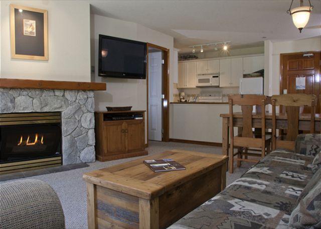 Living Area - Aspens #248, 2 Bdrm, Ski in Ski out, Bright Mountain View, Free Wifi & BBQ - Whistler - rentals