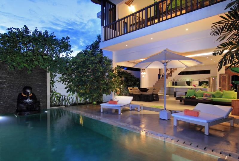 Buddha's View - TROPICAL VILLA NOVAKU - 2 Bedroom Stylish Villa - Seminyak - rentals