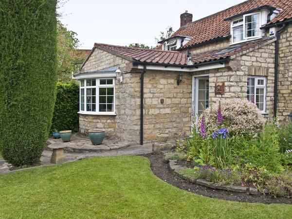 22 BECKSIDE, family friendly, character holiday cottage, with a garden in Nettleham, Ref 8973 - Image 1 - Nettleham - rentals