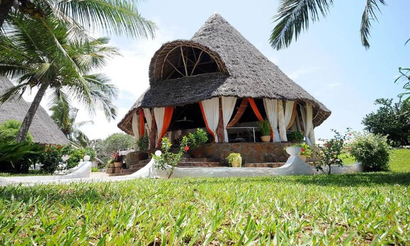 The villa and garden - Taj Riviera House in Kenya, Diani beach - Diani - rentals