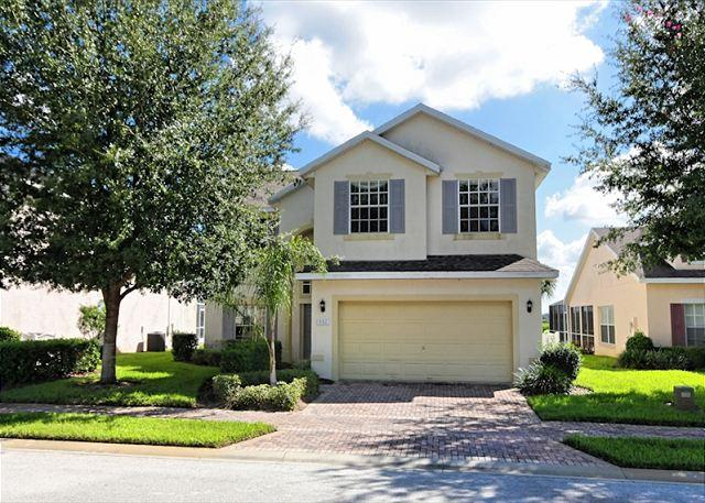 Front View - BISHOP'S COURT: 5 Bedroom Pool and Spa Home with Beautiful Conservation Views - Davenport - rentals