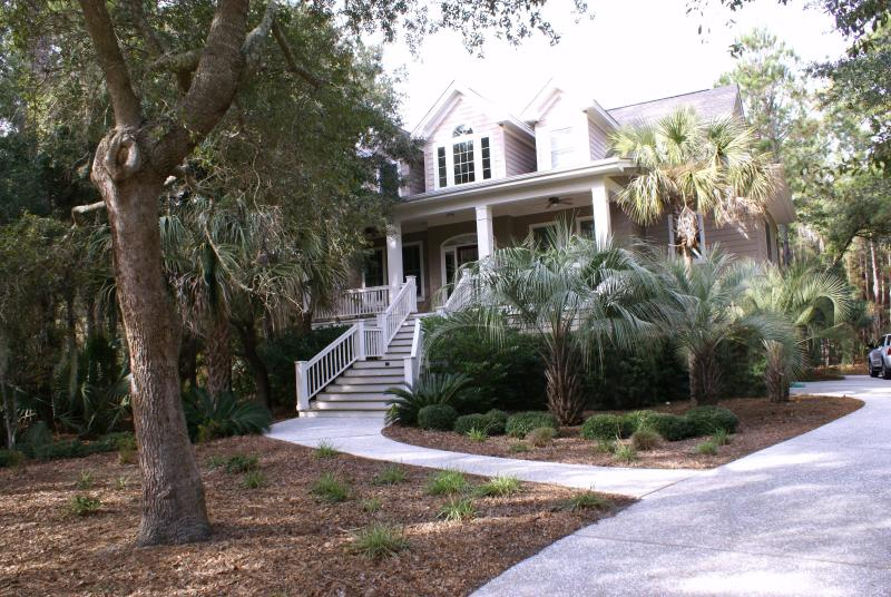 Front of home - Beautiful 4 bedrm/4 bath Private Home, Heated Pool - Kiawah Island - rentals