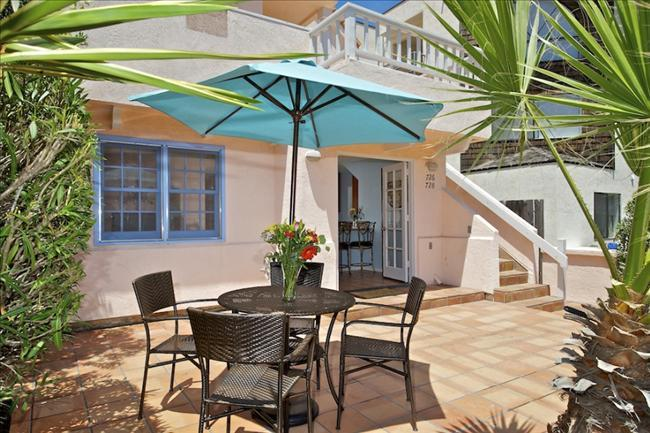 #728 - Stunning Retreat W/Patio! Steps to the beach! - Image 1 - Mission Beach - rentals