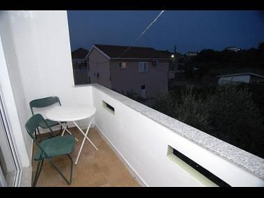 A3(4): terrace - 4930 A3(4) - Kukljica - Kukljica - rentals