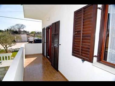 A1(4): terrace - 4930 A1(4) - Kukljica - Kukljica - rentals