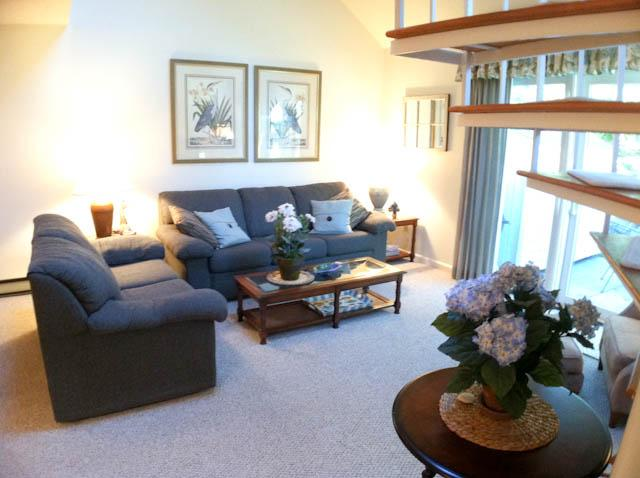 Living Room - Ocean Edge Townhouse with King Bed & Pool (fees apply) - HO0451 - Brewster - rentals