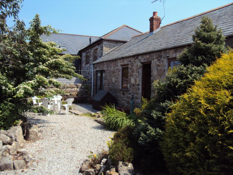 Well Cottage from the back garden - Well Cottage - 3 bedroom barn conversion - Saint Ives - rentals