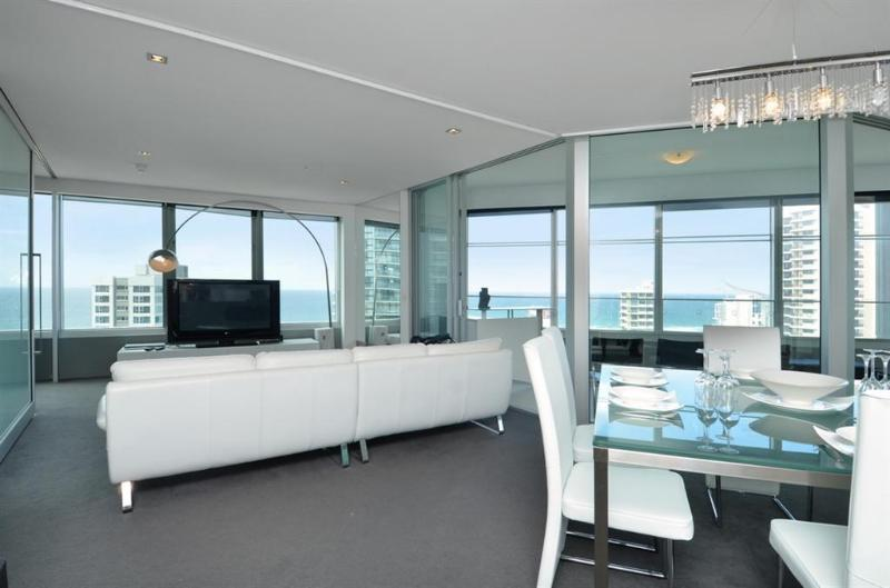 Tallest Tower SkyHome 1505 - Take a look at this - Image 1 - Surfers Paradise - rentals